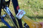 Coloque un abrelatas de botella en su bicicleta con Sugru