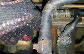 Una positiva cárter (pcv) válvula de mantenimiento.