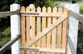 Palet madera cerca la puerta de mi puente