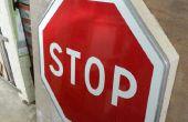 Cómo hacer una estantería con una señal de stop