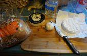 Al horno de queso Brie y ajo asado aperitivo fácil y rápido