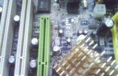 Reemplace el condensador en el tablero de la computadora