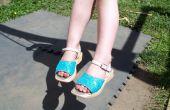 BRILLO zapatos - reciclado de feo desgastado mirando zapatos