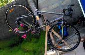 Soporte de madera de reparación de bicicletas