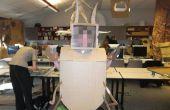 Cómo hacer un disfraz de langosta de cartón ranurada