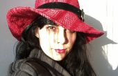 Sombrero del ganchillo rojo