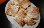 Focaccia dulce con pasas, azafrán y semillas de pino.