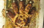 Pastel de carne de mano Zombie quemado!