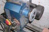 Cómo colocar un disco de la aleta para un torno de madera.