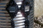 Pendientes de arcilla polimérica, esmalte y perlas de vidrio