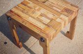 Plataforma asiento de mesa de madera y almohada de reciclado