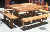 Mesa de picnic de Redwood cuadrada