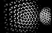 La lámpara de pie esfera Origami