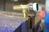 Cómo quitar anillos de prensado PEX y tubos