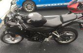 Cómo montar una motocicleta para principiantes