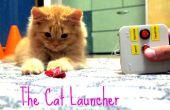 El lanzador del gato - entrenamiento juguete o solo un dueño perezoso enérgico gato