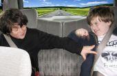 Viajes familiares por carretera: Construir un muro de cinta adhesiva para evitar el aburrimiento de asiento trasero