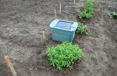 Ciervos de disuasión / Ahuyentador para su jardín usando un solar powered reproductor de mp3 para reproducir una persona hablando