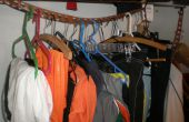 Un armario más eficiente utilizar los cinturones de