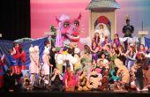 """Shrek Dragón - producción de teatro de la juventud de """"Shrek el Musical"""""""