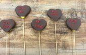 Como Ramos de flores y frutas hacer Chocolate de San Valentín cubierto de pinchos de corazón de caramelo piña