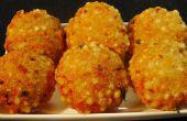Fried indio Sabudana Vada (empanadas crocantes de sagú)