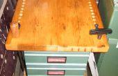Construcción de un banco de trabajo de torno de madera con cajones con reciclado vintage madera