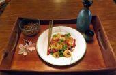 CAMARONES salteados con cebolla y chiles rojos