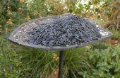 Convertir una antigua placa de bronce en un comedero para pájaros
