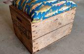 Reclamado madera cajón de envío en el asiento del balanceo con almacenamiento