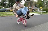 Hacer un Mini recostado de una bicicleta de niño