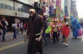 Disfraz de Halloween con máscara de esqueleto, manos mecánicas, sonidos bolas del ojo LED reactivas y truco cabeza caída