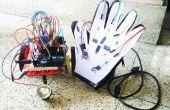 Papel, lápiz, un guante de touchsensing y un robot inalámbrico!