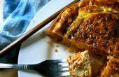 Kimchi Frittata Mukeunji con hierba de limón y crema agria