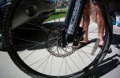 Cómo cambiar los rotores de frenos de disco