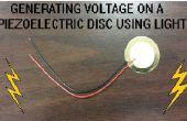 Generación de voltaje en un disco piezoeléctrico con luz