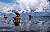 Asequible y lujosa casa flotante en Cachemira