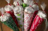 Hacer bolsas de regalo de cono de cacao caliente... con la plancha de la ropa!