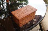 Tallado de la caja de madera de la cereza