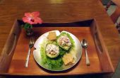 Aguacate con cangrejo de imitación picante relleno de carne