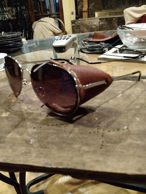 Protectores laterales de piel para gafas de sol / Paso 5: Pruebe la ...