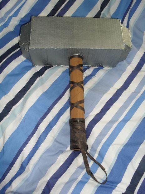 Apoyos De Cartulina Cómo Hacer Un Martillo Vikingo Martillo De Thors Mjolnir Askix Com