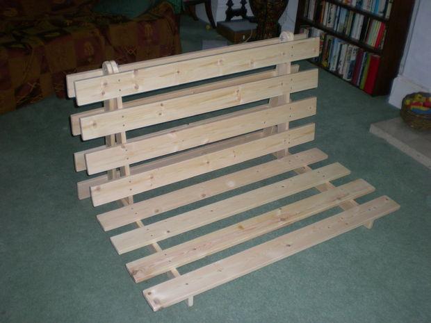 Cómo hacer un desplegable en el marco de la cama de sofá de futón ...