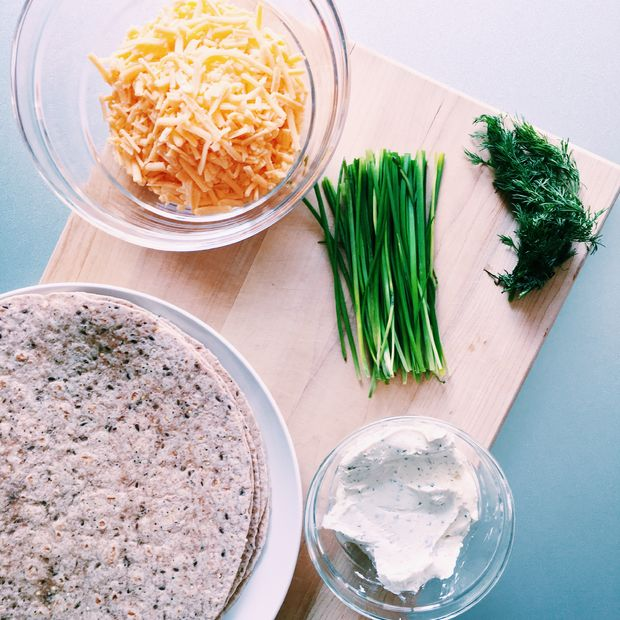 Receta Molinetes De Queso Cebollino Paso 1 Ingredientes