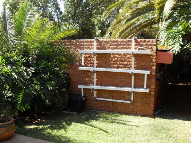 Jard n hidrop nico con clip de pared - Jardin hidroponico ...