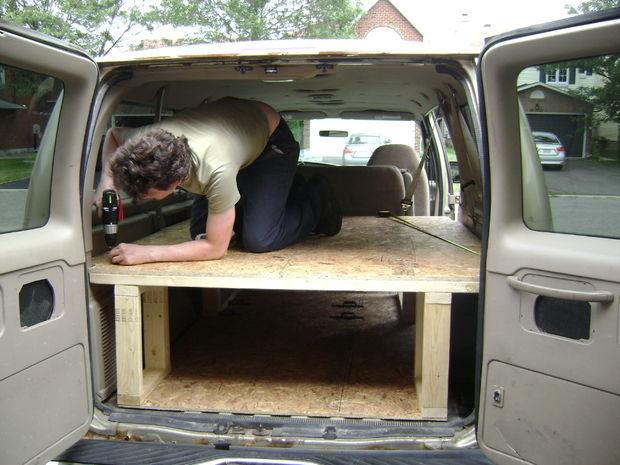Construir Una Cama En La Parte Trasera De Su Camioneta