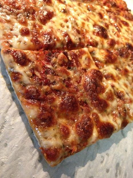 receta para masa de pizza delgada