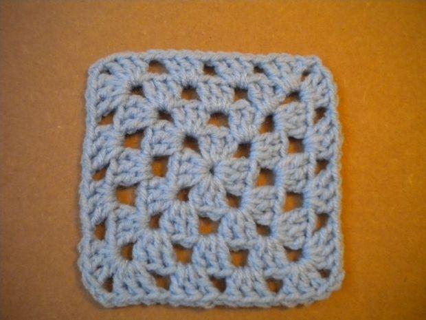 Cómo Crochet un cuadrado Granny - askix.com