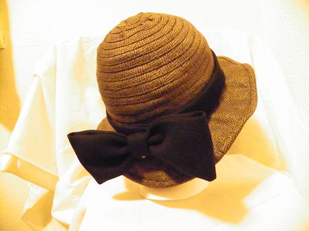 Gorro de lana / Paso 9: El arco y cinta del sombrero - askix.com
