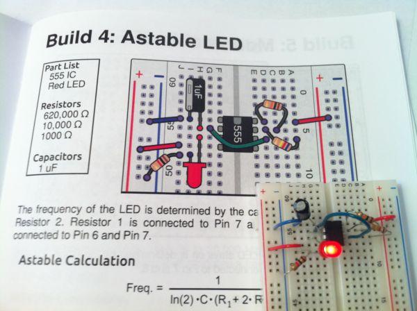 Circuito Oscilador 555 : Circuitos de temporizador askix